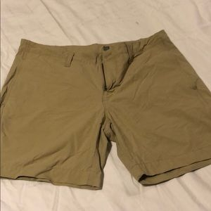 "Gap ""tech"" shorts. Khaki size 34"